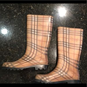 Burberry Haymarket Rain Boots Size 41